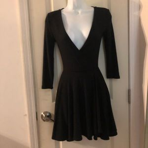 NWOT UO Flattering Black V-Neck Dress XS